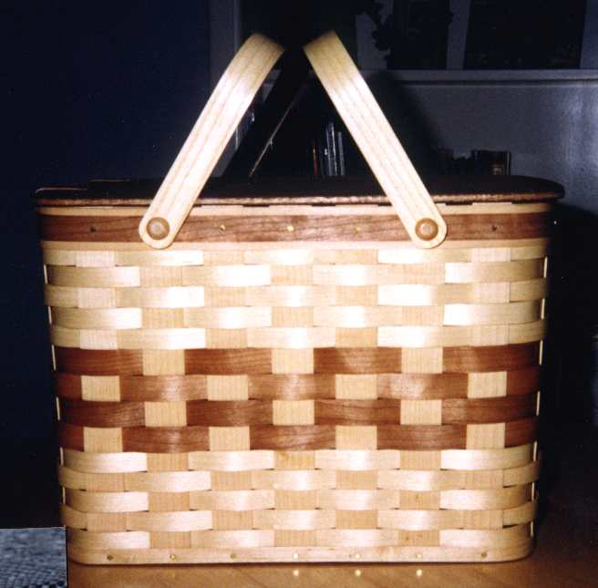 Ash and Maple Pie Carrier/Picnic Basket